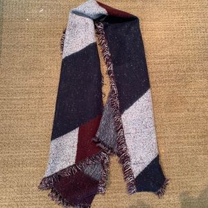 H&M Red White And Blue Chunky Scarf